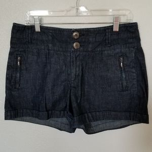 Anthro Daughters Of The Liberation Shorts Size 8